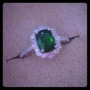 Jewelry - 🍃🆕 RUSSIAN CHROME DIOPSIDE Cushion Cut Ring 🍃